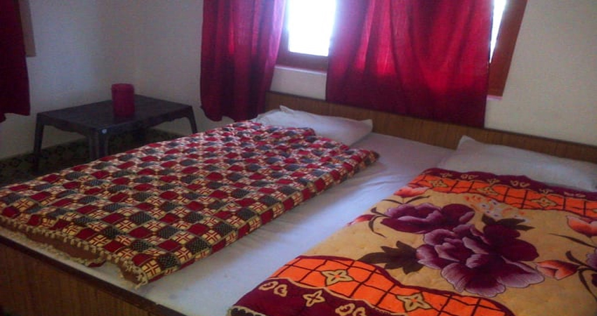 Hotel in Barkot Chardham Hotels